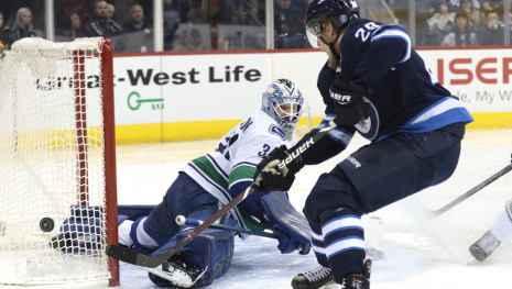 vancouver-canucks-were-scoreless-against-winnipeg-jets-113269