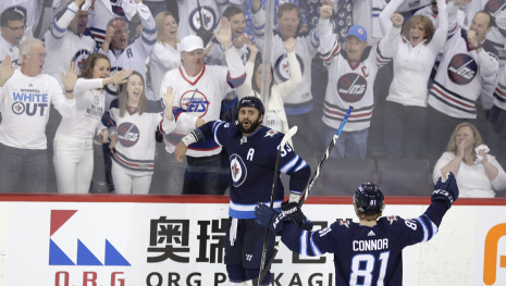 oh-what-a-night-winnipeg-fights-back-to-win-114585