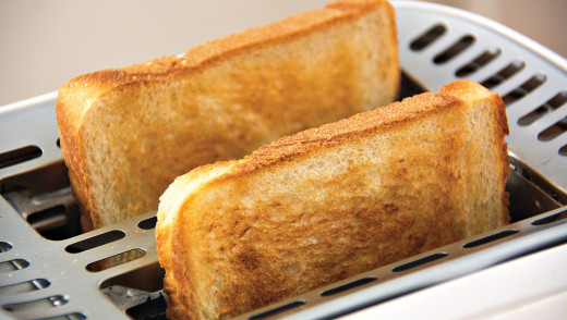 Victoria Hospital Cuts Toast for Patients in Day Surgery