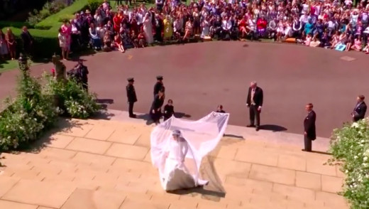 VIDEO - Markle Walks Down the Aisle to Marry Prince Harry