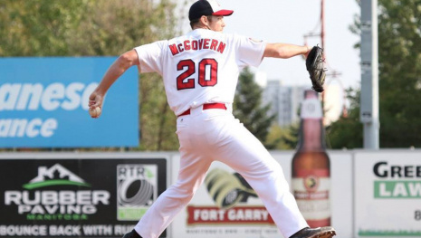 goldeyes-win-first-game-of-season-114870