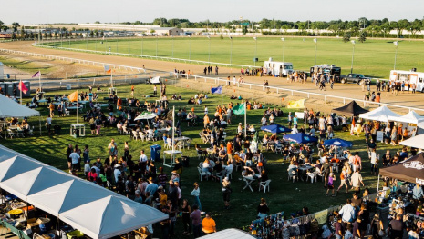 the-night-market-is-back-at-the-downs-115073
