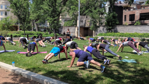 Fitness in the Park Weekdays in Downtown Winnipeg
