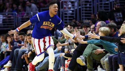 Brandon Welcomes The Harlem Globetrotters