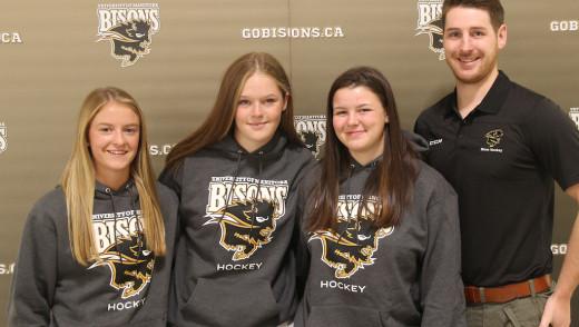 Bison Women's Hockey Announce New Recruits