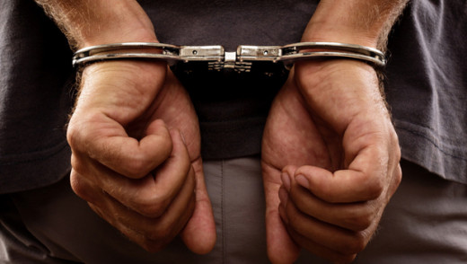 Police Arrest Man Who Dragged Police Officer