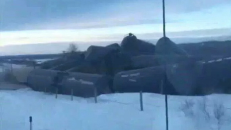 Train Derails in Manitoba