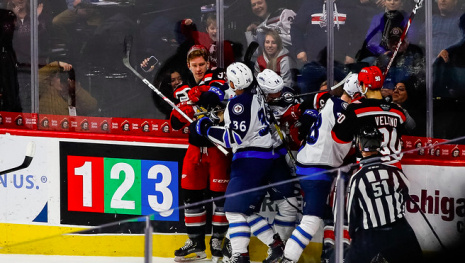 moose-have-a-tough-game-in-grand-rapids-118454