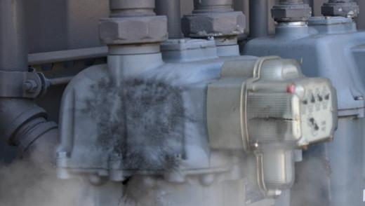 Winnipeggers Twice Flee Fire, Gas Leak