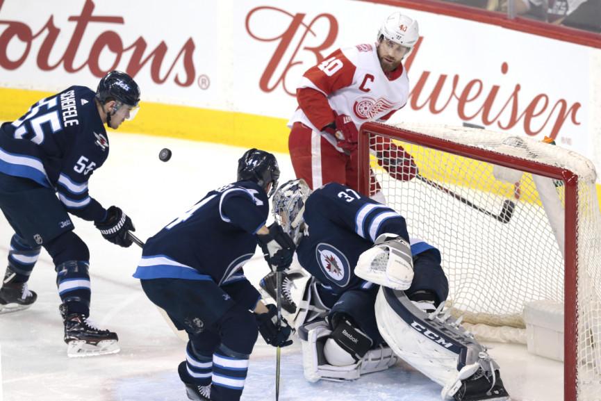 Winnipeg Wins, Laine Scores Twice