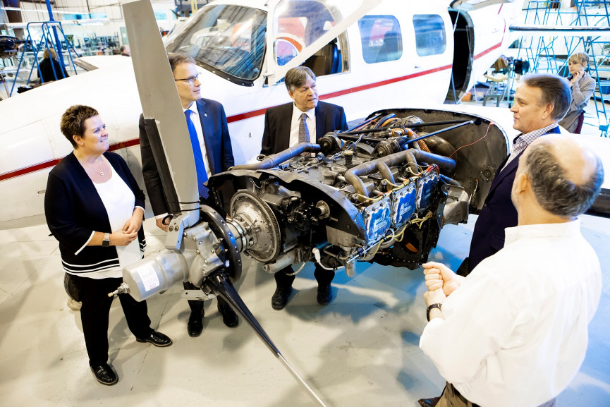 Province Helps RRC Purchase Stevenson Aviation Campus