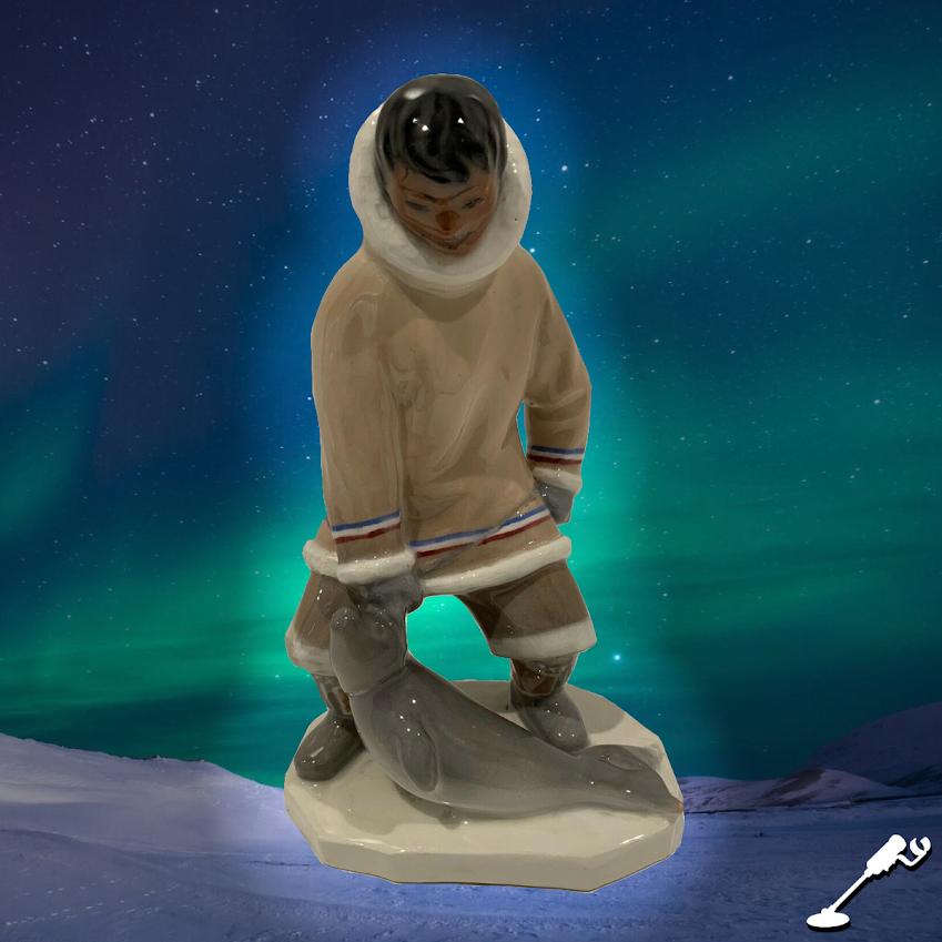 Leo Mol Porcelain Figurine